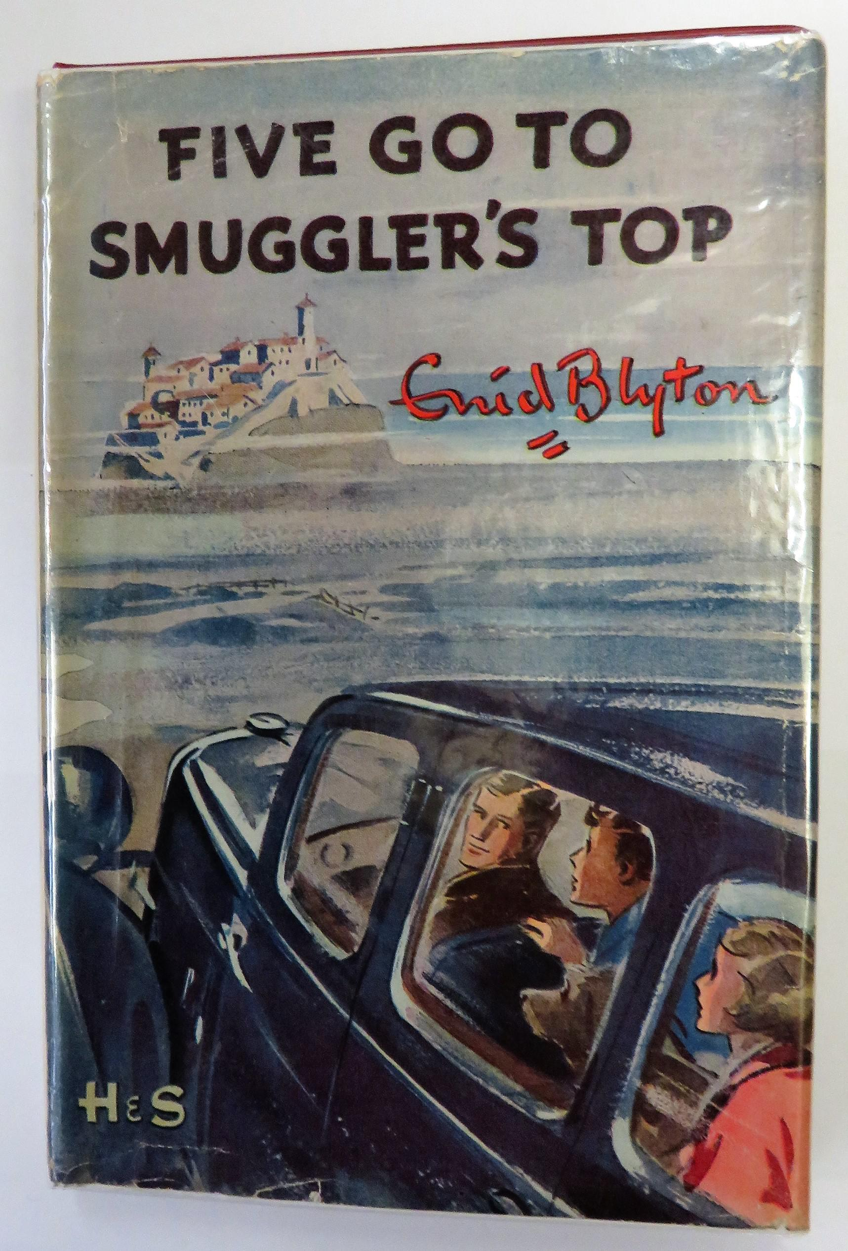 Five Go To Smugglers Top
