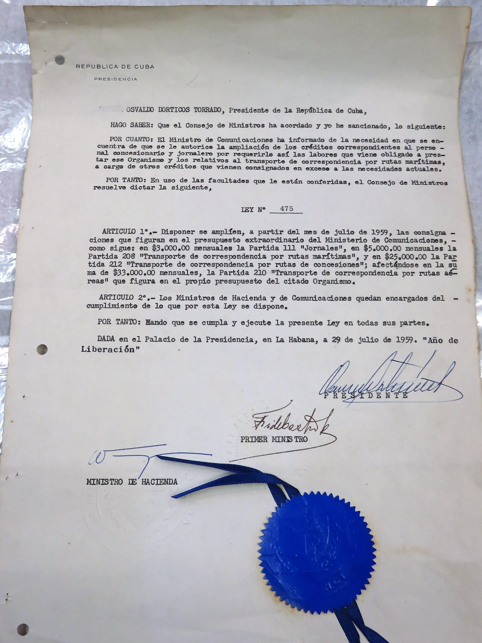 Original Fidel Castro Signed Document